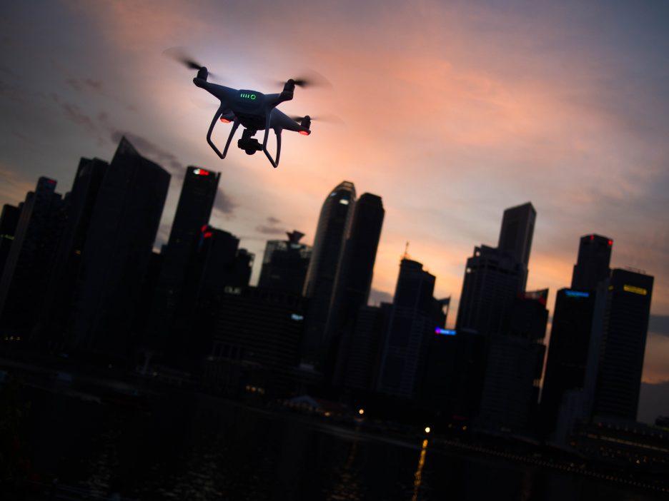 Jak latają drony?